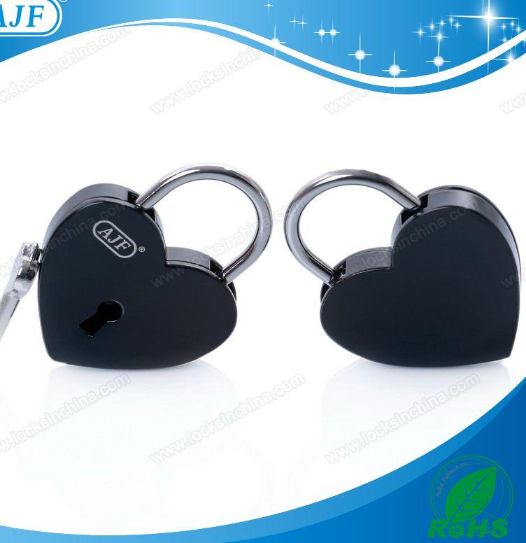 ajf baru kedatangan hitam logam besar bentuk hati cinta kunci kunci natal dan pernikahan pomotion baik