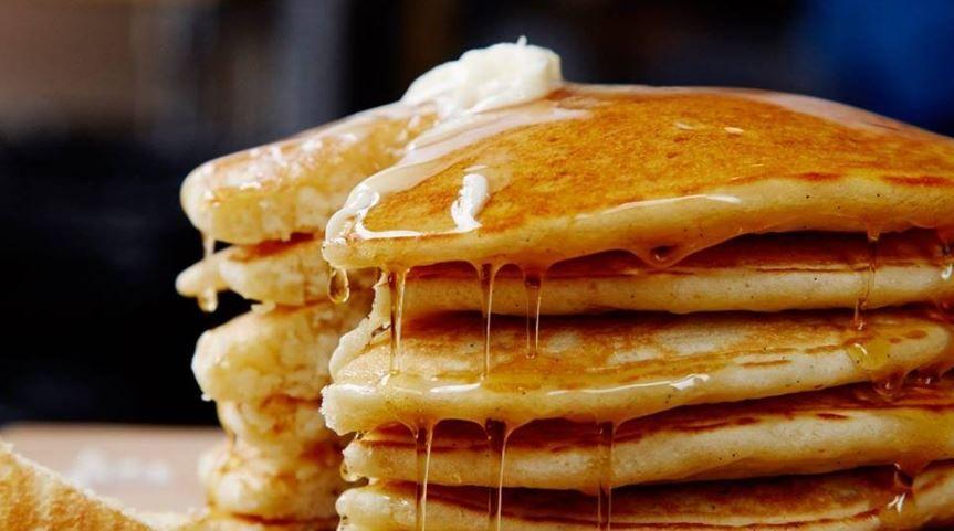 sekali sekali sarapan dengan pancake ala ala mcdonald pun ok juga kan lagi menarik bila kita boleh buat sendiri jom cuba resipi ini